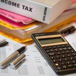 給与計算での社会保険の算出方法は?代行のメリット・デメリットも解説